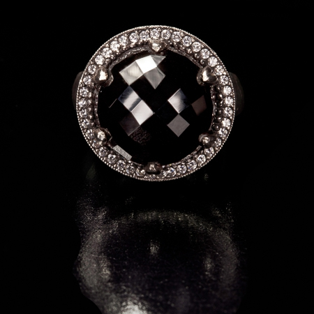 FaithAnnKiely1Ring002S01_FV_Black